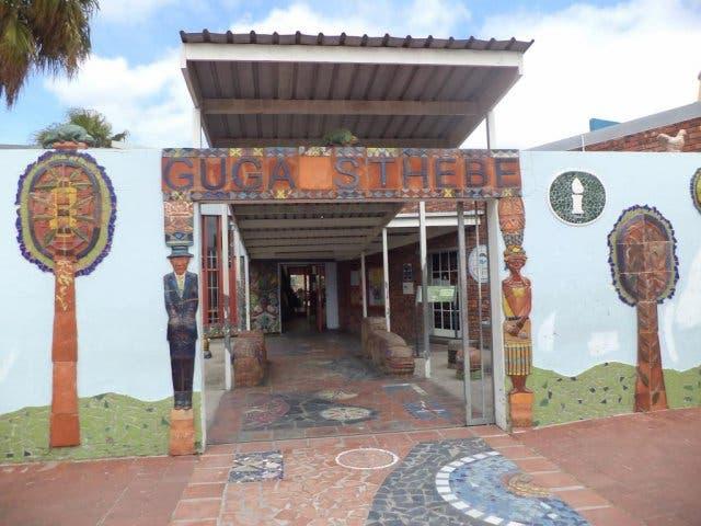 Guga Sthebe Kapstadt Langa eingang