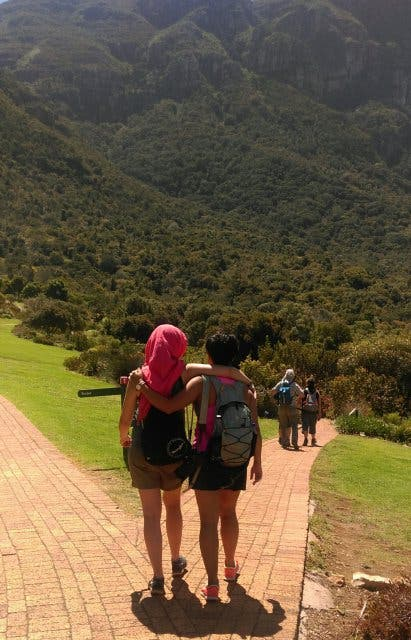 Tafelberg Wandern Skeleton Gorge Yoga Kapstadt