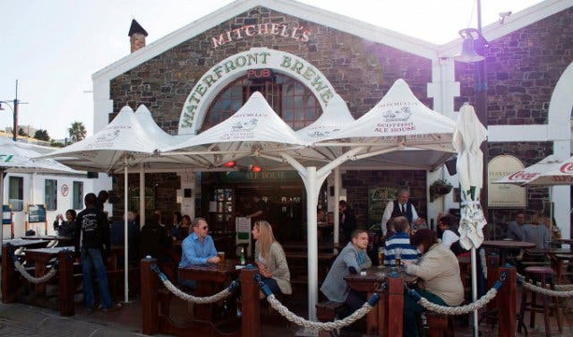 Mitchells Pub Waterfront Sportsbar