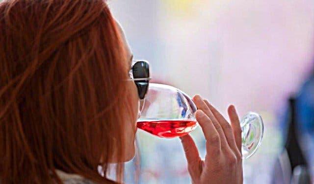 Pinotage ist ein südafrikanischer Spitzenwein.