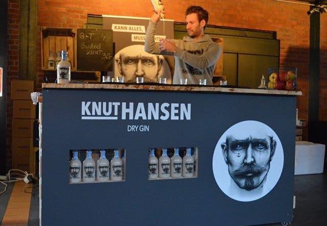 Knut Hansen Dry Gin 2