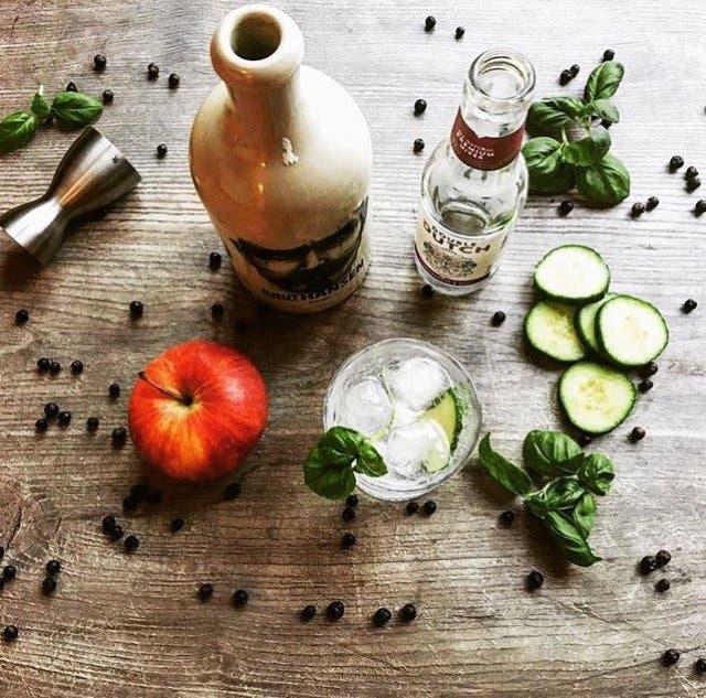 Knut Hansen Dry Gin 4