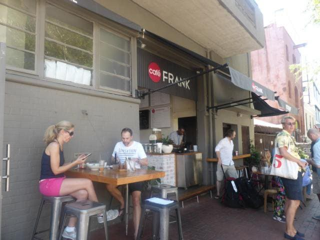 Cafe Frank aussen