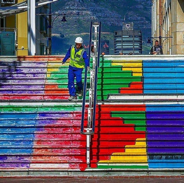 Regenbogentreppe an der Waterfront in Kapstadt