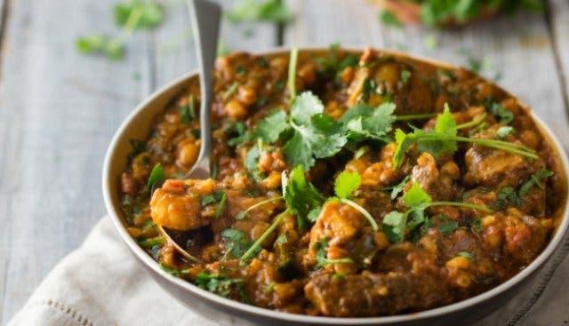 Südafrikanisches Essen Umngqusho Eintopf