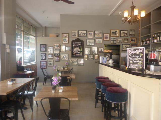 Aroma Cafe Loop Street