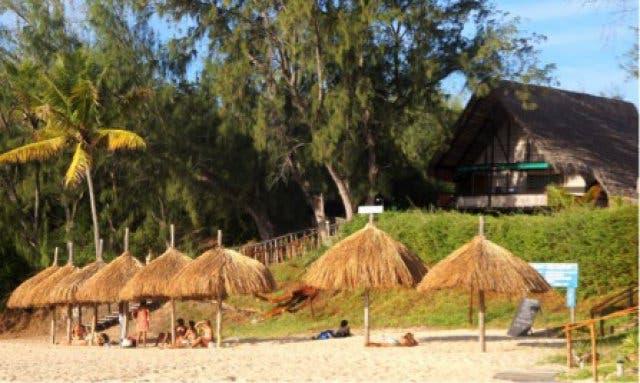 Strandhuetten Tofo Mosambik
