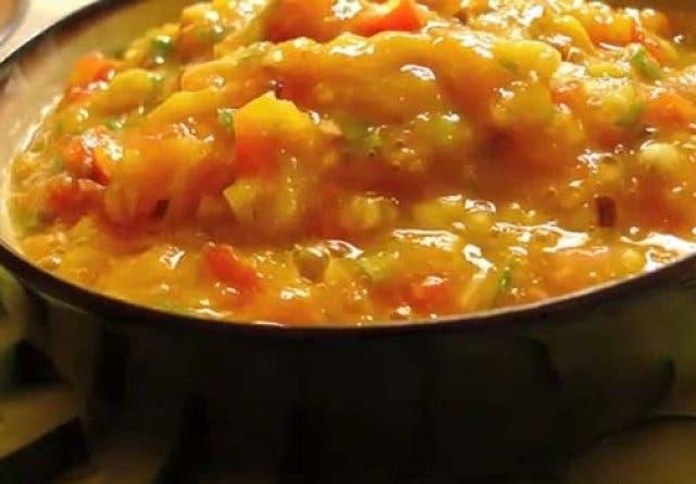 Südafrikanische Spezialität: Mango mit Chili