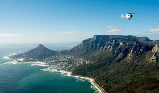 Hubschrauberflug über Kapstadt Orientierung