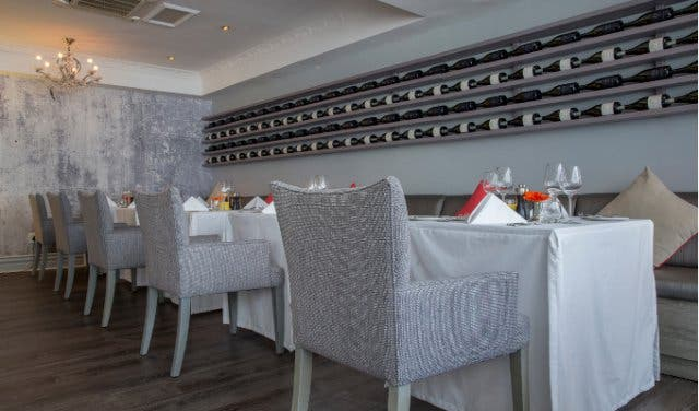 Le Mer Restaurant Sea Point