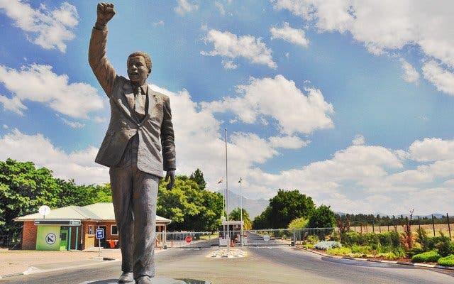 Mandela Statue Kapstadt
